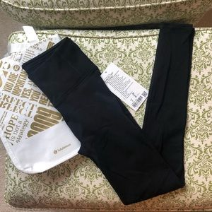"NWT lululemon Reveal 25"" tight Zen Express BLK 6"